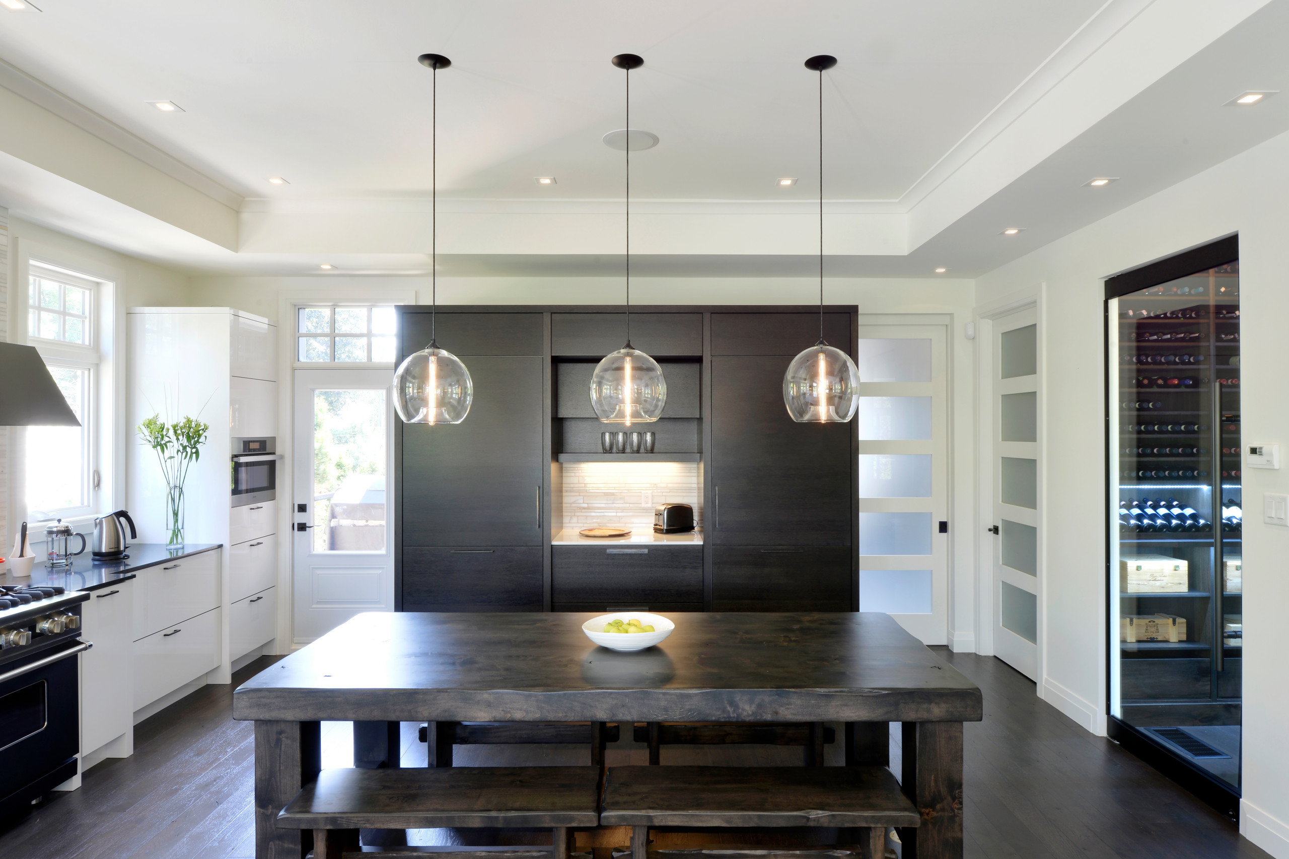 A spacious kitchen design by Deslaurier Custom Cabinets