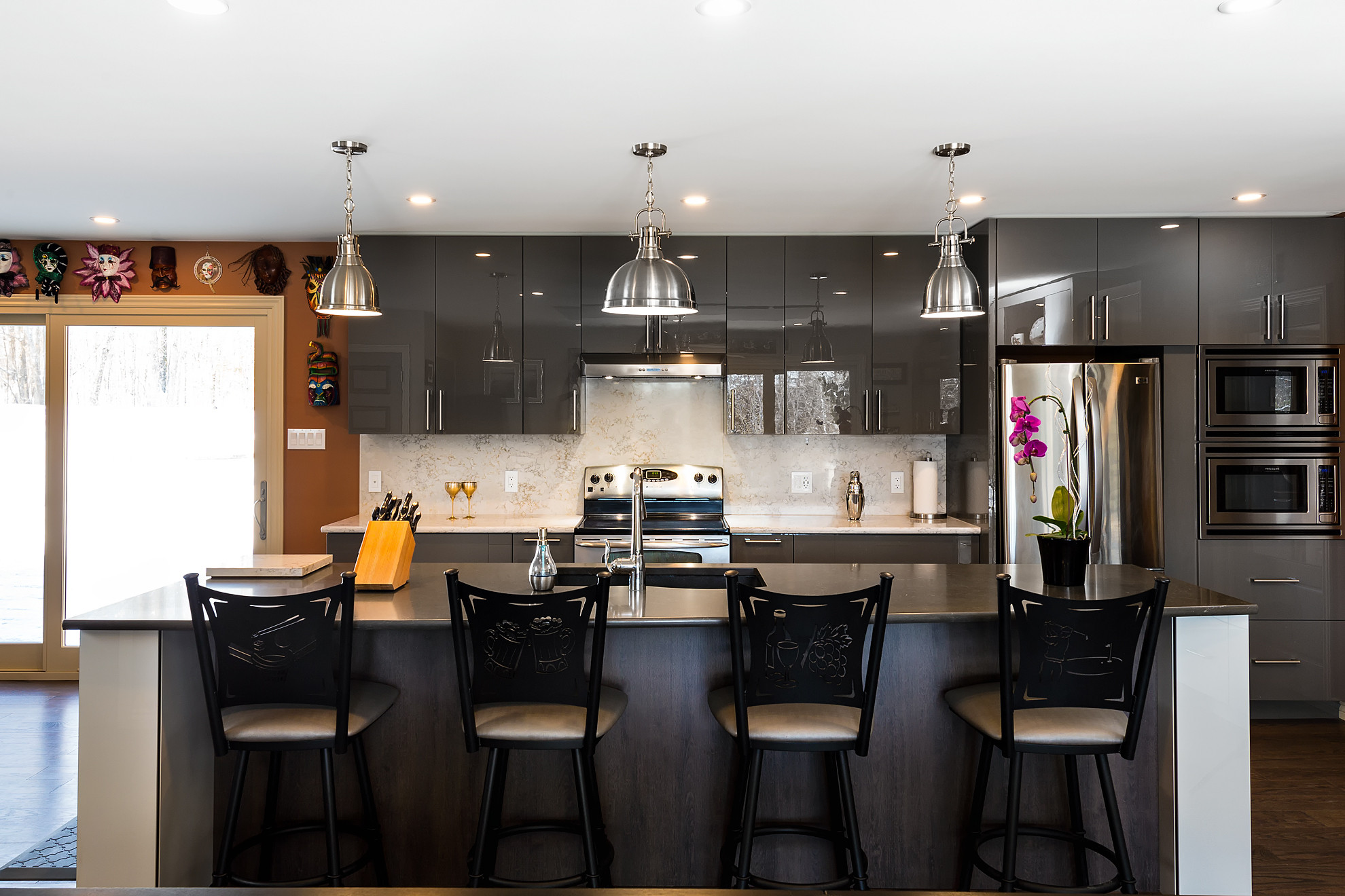 An installation project by Deslaurier Custom Cabinets