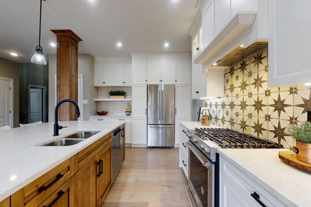 A modern farmhouse kitchen design by Deslaurier.