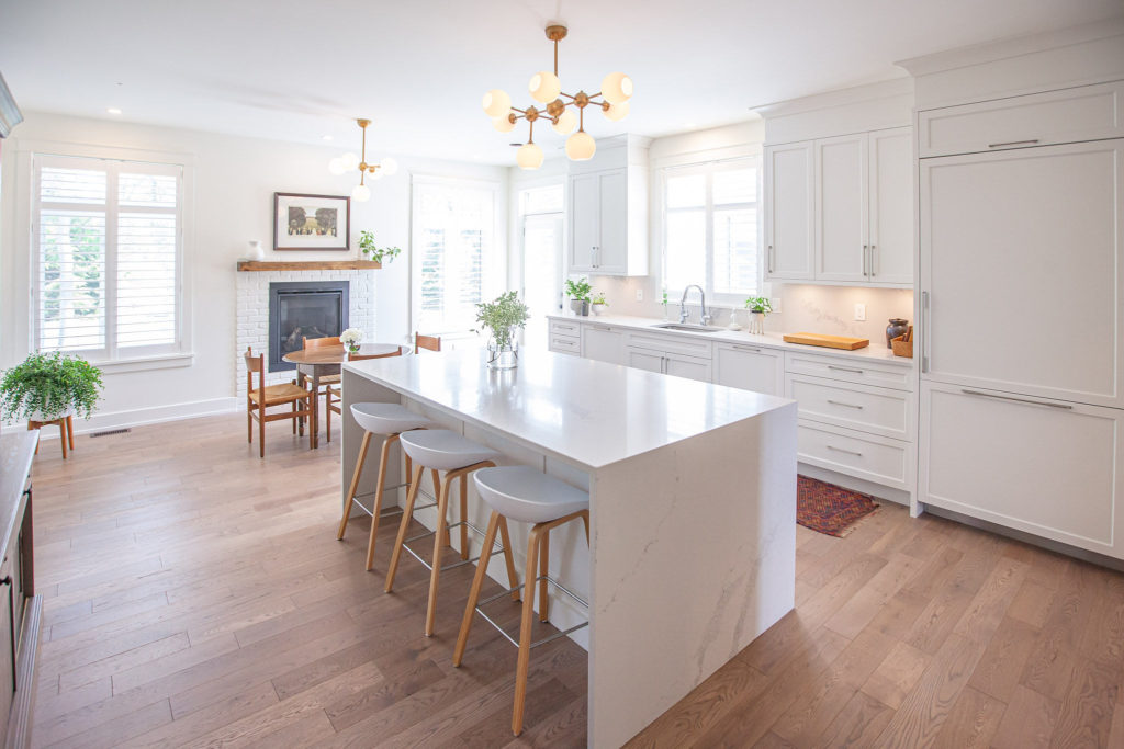 A Deslaurier kitchen with custom cabinets in Ashton white.