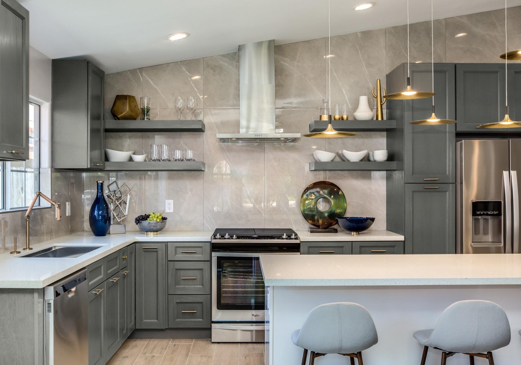 A Deslaurier kitchen featuring Crestfield cabinet doors.
